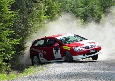 Boka service på din Honda eller Suzuki så du kan åka tryggt och säkert i sommar!  ☀️